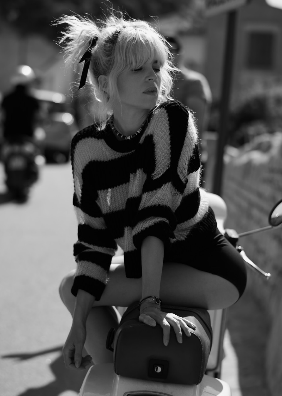 SAFE MGMT Management Paris - Cécile Cassel aka Hollysiz